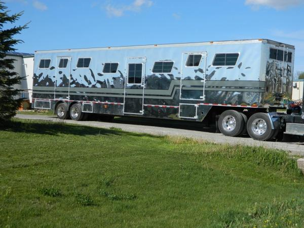 http://www.doylemanufacturing.com/wp-content/uploads/2012/10/15-horse-1-wpcf_600x450.jpg