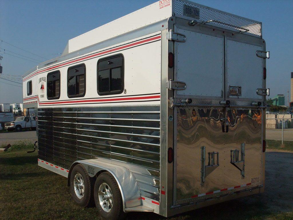 3 Horse Slant - Painted Aluminum Sheeting